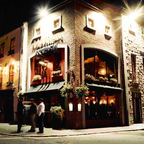 McHughs Bar
